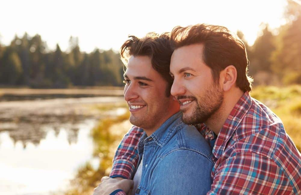Parejas gays, ¿son iguales o distintas de las parejas héterosexuales?